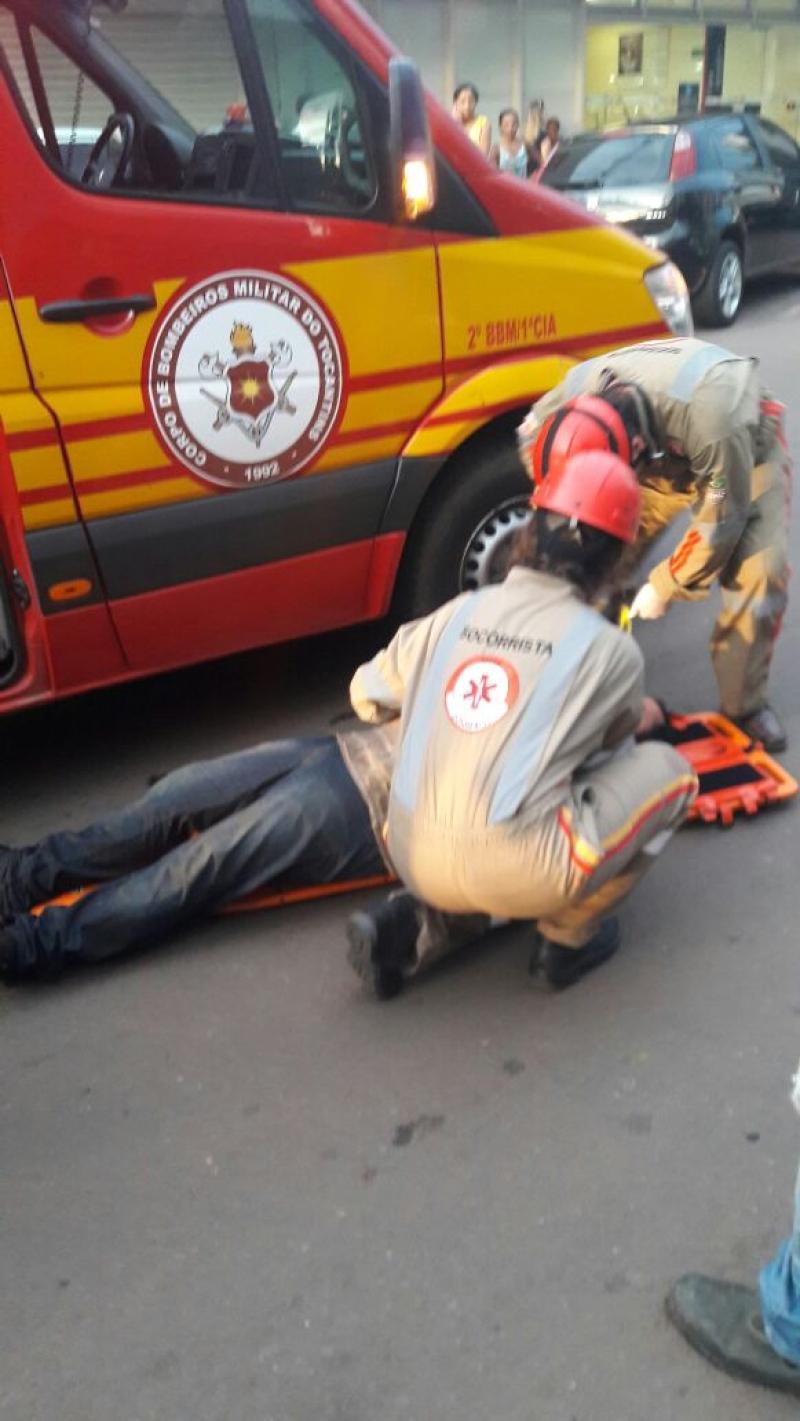 c41a547be604 Teto de loja desaba e deixa feridos em Araguaína