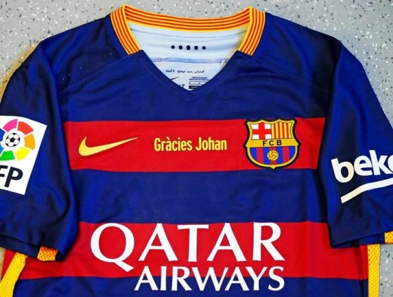8d59ccaf0e4b7 Barcelona divulga imagem da camisa que homenageará Johan Cruyff