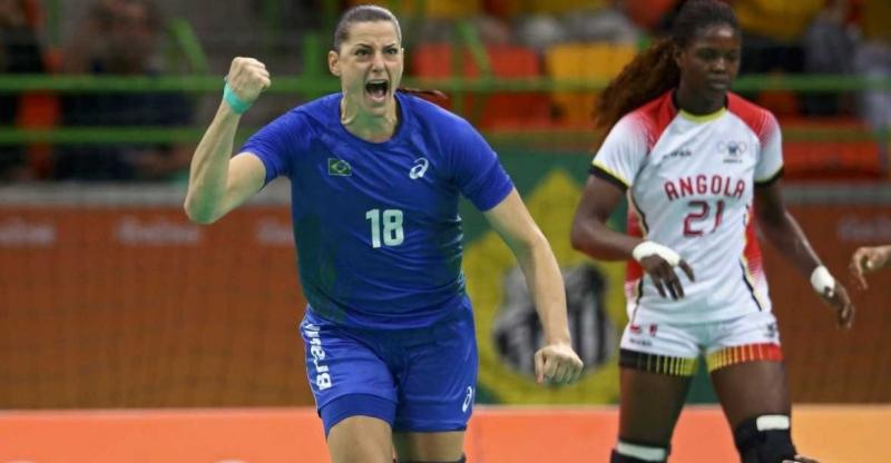 f088ffcc8 Brasil vence Angola e avança para as quartas de final no handebol ...