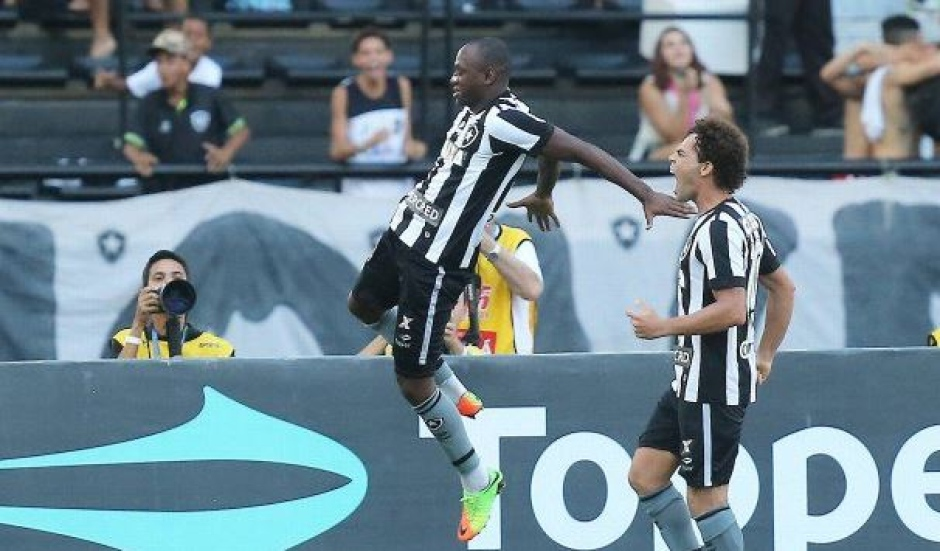 51634e55d5 Botafogo elimina o Fluminense e encara Vasco na final da Taça Rio