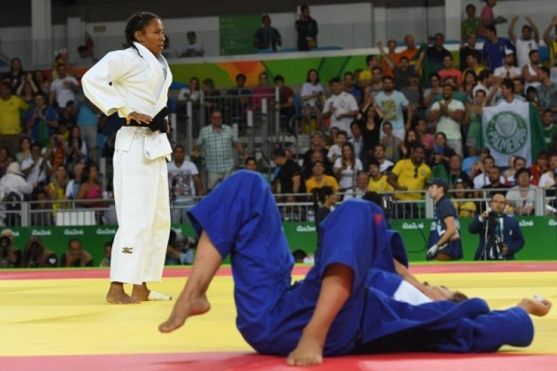 05cff36ef86 Seleção feminina de judô é campeã por equipes no Pan e garante vaga ...