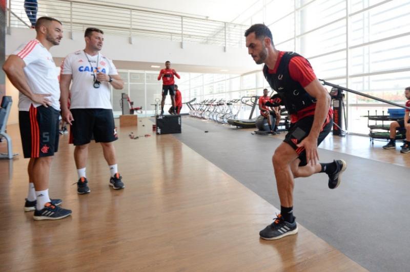 2685c1ff5a22b6 Rhodolfo elogia Fluminense e descarta favoritismo do Flamengo no ...