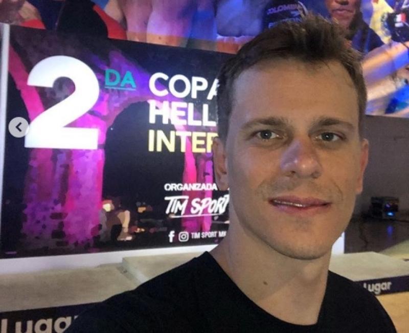317408bfc4ea0 Cesar Cielo assina com Pinheiros por duas temporadas e voltará a ...