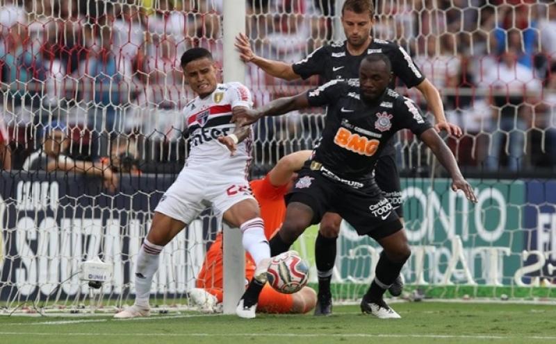 d7b6031f1cb8e Corinthians segura o São Paulo no Morumbi e agora decide o título em ...